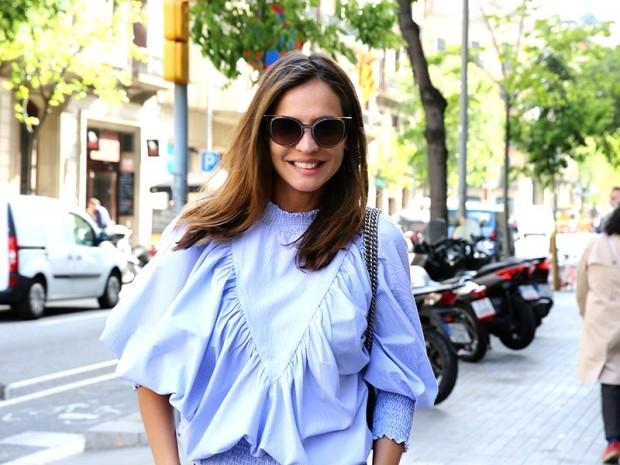 blue_shirt_tendencia_storets_street_style_ladyaddict_3-800x600